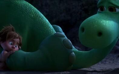 Dobrý dinosaur od Pixaru je v druhom trailer emotívne zdrvený, no pripravený čeliť dobrodružstvám