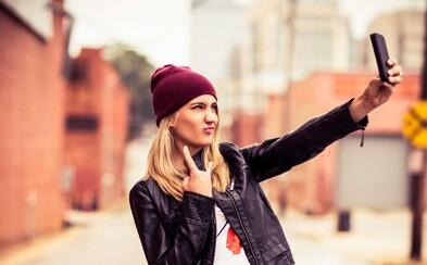 Dokážu selfies naozaj zdvihnúť sebavedomie a urobiť z teba vyrovnaného človeka?