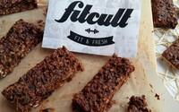 Domáce čokoládové müsli tyčinky, ktoré hravo prekonajú kvalitou a chuťou tie z obchodu (Recept)