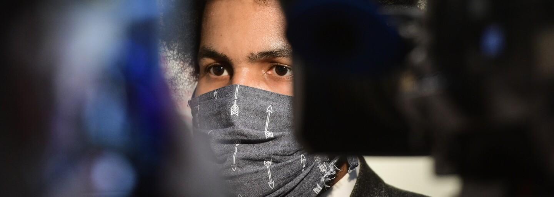 Dominik Feri čelí nařčení ze sexuálního obtěžování žen. Deník N a Alarm přinesly jejich svědectví