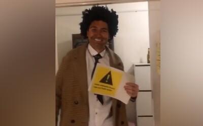 Dominik Feri pobouřil fanoušky na sociálních sítích příspěvkem obsahujícím blackface