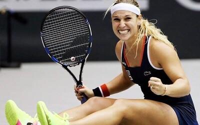 Dominika Cibulková je v tejto sezóne nezastaviteľná! Porazila Kuznecovovú a zahrá si už vo finále Turnaja majsteriek