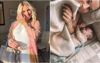 Dominika Cibulková ukázala malého syna Jakubka. Na Instagrame zverejnila fotografiu, ako sa túlia v posteli
