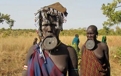 Domorodci obývajú až štvrtinu zemského povrchu, hoci tvoria len 5 % obyvateľstva našej planéty