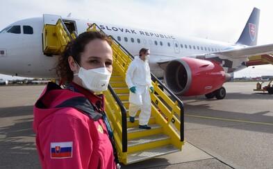 Domov sa už s pomocou Ministerstva zahraničných vecí vrátilo 3 349 Slovákov. Niektorí si to na poslednú chvílu rozmysleli