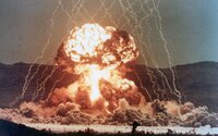 DoomTown: Umelo vybudované mesto plné figurín, domov a áut, ktoré slúžilo na testovanie jadrových zbraní