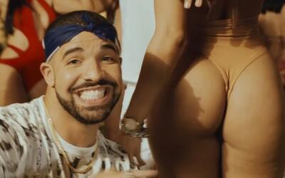 Drake a French Montana s falošnými fúzmi hrajú golf na pláži Dominikánskej republiky v klipe No Shopping