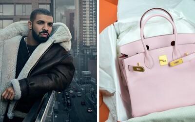 Drake je posedlý sbíráním luxusních kabelek Hermés. Čeká, než si najde tu pravou a pak jí všechny daruje