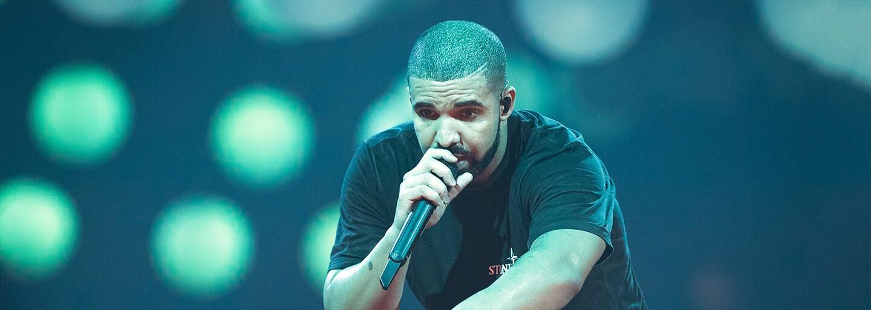 Drake vydal očekávaný projekt More Life. Má 22 skladeb, kde nechybí Kanye, Young Thug či Travis Scott
