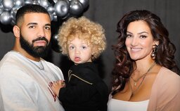 Drake zverejnil prvú fotku svojho syna, kvôli ktorému vznikol jeden z najväčších beefov amerického rapu. Na otca sa nepodobá