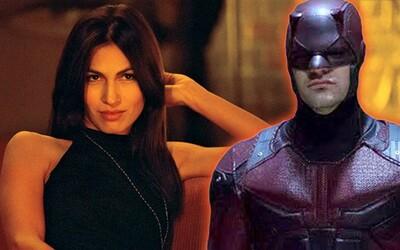 Druhá séria Daredevila vnadí prvým teaserom a ohlasuje nový dátum premiéry