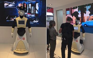 Dubajská polícia dostane do služby hi-tech robotov. Ľudia im budú môcť nahlásiť zločin alebo rovno zaplatiť pokutu
