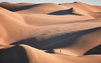 Duchy obývané pískové duny v Íránu patří k nejkrásnějším na světě, a proto se zde dánský fotograf rozhodl strávit čtyři dny