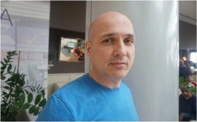 Dušan Cinkota: Vo väzení je prostitúcia, milostné vzťahy. Tí, čo rozhodujú o drogovej legislatíve, by mali zmúdrieť (Rozhovor)