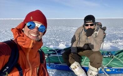 Dvaja Slováci zvládli spať v stane pri -40 aj stretnutie s ľadovým medveďom. Ako sa dá ísť peši z Ruska do USA?