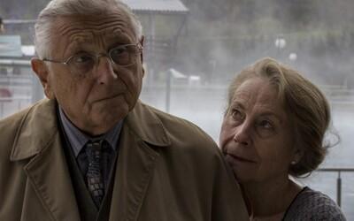 Dvaja starnúci priatelia sa v slovenskej road movie Martina Šulíka vydávajú na cestu po Slovensku, aby zistili pravdu o svojej minulosti