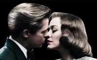 Dvaja zamilovaní špióni spoznávajú pravdu o sebe samých v úchvatnej ukážke pre vojnovú drámu Allied