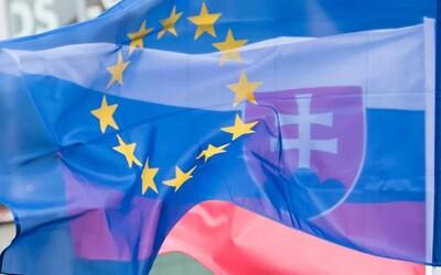 Dvojnásobná životná úroveň, Erasmus či Schengen. V tento deň pred 16 rokmi sme vstúpili do Európskej únie