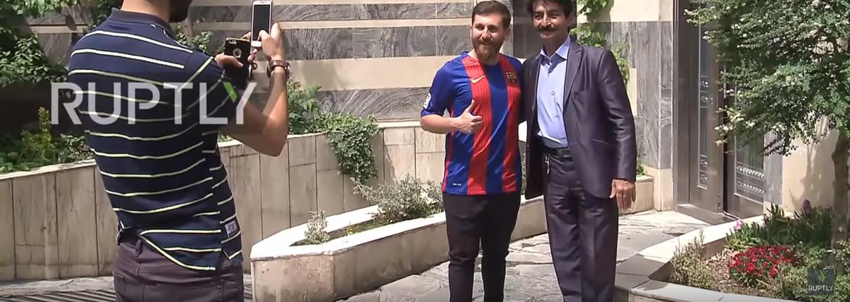 Dvojník Lionela Messiho takmer kvôli podobe skončil vo väzení. Iránsky chlapík vyzerá na nerozoznanie od argentínskeho futbalistu