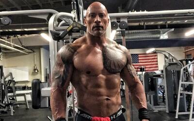 Dwayne Johnson se po 18 týdnech tvrdé diety vypracoval ještě víc, fanoušci se už těší na film Hobbs a Shaw