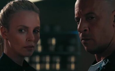 Dwayne Johnson, Vin Diesel a Charlize Theron lákajú v prvom náhľade pre Rýchlo a zbesilo 8 na veľkolepú akciu