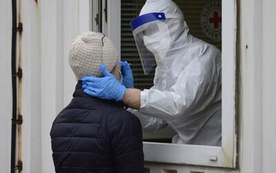 V Česku přibylo za úterý o 1 300 případů méně než před týdnem.