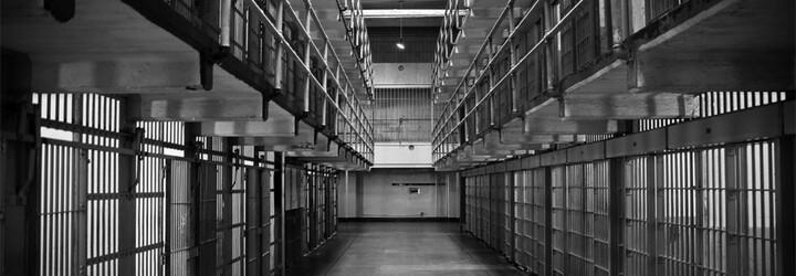 Po 44 letech vězení zpět na svobodě: Jak reaguje propuštěný muž na dnešní technologie?