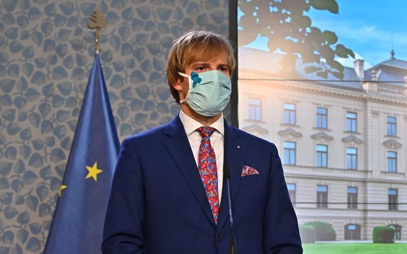 Andrej Babiš a Adam Vojtěch budou čelit trestnímu oznámení za nezvládnutí epidemie covidu-19.