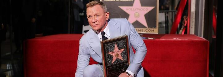 Daniel Craig získal hvězdu na Hollywoodském chodníku slávy. Rami Malek ho poctil dojemným proslovem