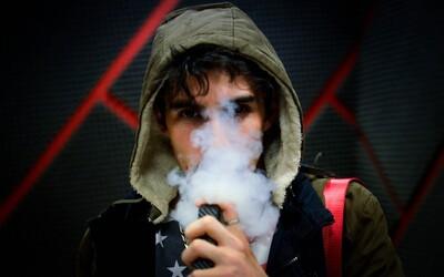 E-cigarety začínají zabíjet už i v Evropě. Na následky vapingu zemřel v Belgii první člověk