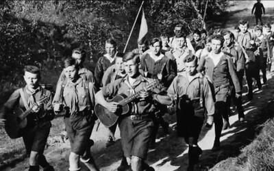 Edelweiss Piraten: Deti v pestrofarebných košeliach a šortkách, ktoré bojovali proti Hitlerovej mládeži a nacistickej ideológii