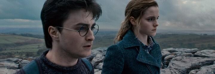 J. K. Rowling doporučuje knižní tituly. Její výběr zahrnuje Farmu zvířat nebo Shakespeara