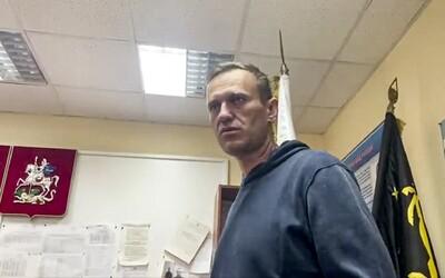 Ruského opozičního lídra Navalného odsoudili na 30 dní vězení: Už první noc po návratu do Ruska strávil v policejní cele.