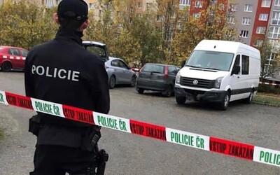 Řidič v Blansku srazil chodkyni. Okřikl ji, ať nevolá policii, a ujel.