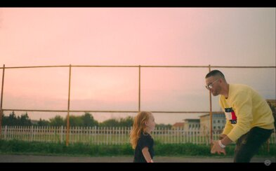 Ego zveřejňuje první singl z alba Precedens i s videoklipem. Kdo ho okopíruje jako první?