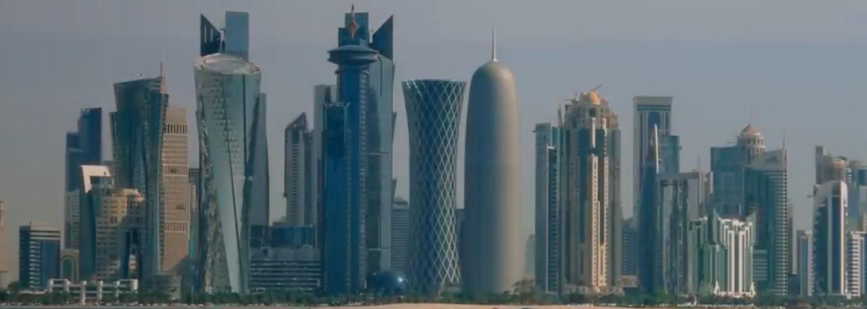 Ektor přerušuje slibovanou roční pauzu od rapu a představuje novinku Status s vizuálem ze slunného Kataru
