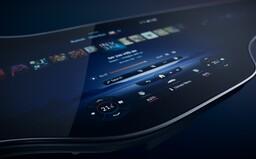 Elektrický Mercedes dostane 141-centimetrovú hyperobrazovku zloženú z 3 displejov
