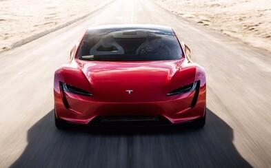 Elon Musk: Za dychberúcimi číslami nového Roadsteru stojí pokročilá raketová technológia SpaceX