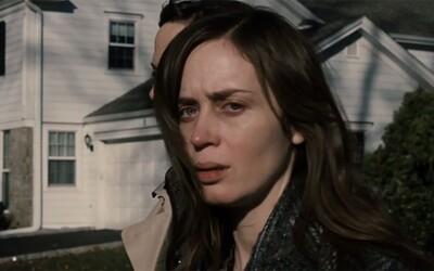 Emily Blunt je zúfalá alkoholička snažiaca sa vyšetriť mysteriózny prípad