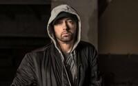 Eminem je späť v novej skladbe rovno s kráľovnou Beyoncé. Legendárny raper ju fanúšikom posiela ako liek na predpis