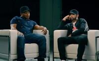 Eminem nezdissoval MGK kvôli vyjadreniu o dcére Hailie. V exkluzívnom rozhovore sa rozrozprával o rapovej scéne