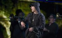 Eminem sa nám po dlhšom čase pripomína účasťou na hosťovačke, na ktorú doručil kvalitnú slohu
