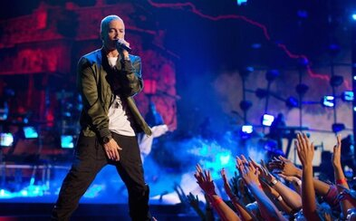 Eminem sa po dlhých 4 rokoch opäť vydáva na koncertné turné! Legendárny raper vyslyšal s príchodom nového albumu aj prosby fanúšikov