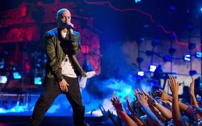 Eminem se po dlouhých 4 letech opět vydává na koncertní turné! Legendární raper vyslyšel s příchodem nového alba prosby fanoušků