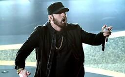 Eminem vystúpil na odovzdávaní Oscarov, legendárne Lose Yourself si vyslúžilo potlesk v stoji od celého Hollywoodu