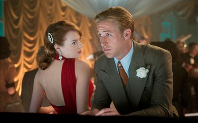 Emma Stone a Ryan Gosling sa pretĺkajú životom v muzikáli La La Land od režíséra Whiplash