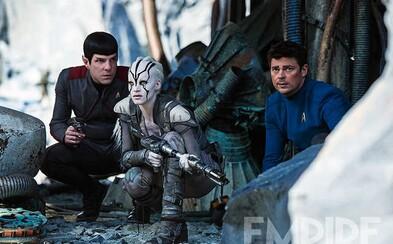Enterprise je v plamenech v nových záběrech ze Star Trek Beyond, které přináší spoustu akčních scén