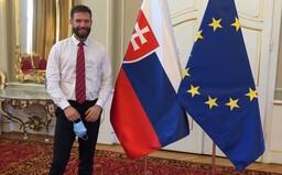 Epidemiológ Pavelka: Žiadna štedrá večera nie je bezpečná. Ak Slováci nebudú rešpektovať nariadenia, začnú pochovávať blízkych