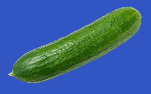EÚ zakazuje krivé uhorky a zabíjačky, za všetko môže Brusel. TOP 5 mýtov o Európskej únii