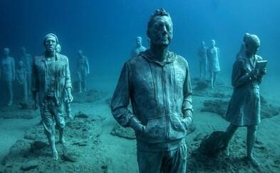 Európa má svoje prvé podmorské múzeum. Netradičné sochy vystihujú dnešnú dobu a vydržať majú stovky rokov